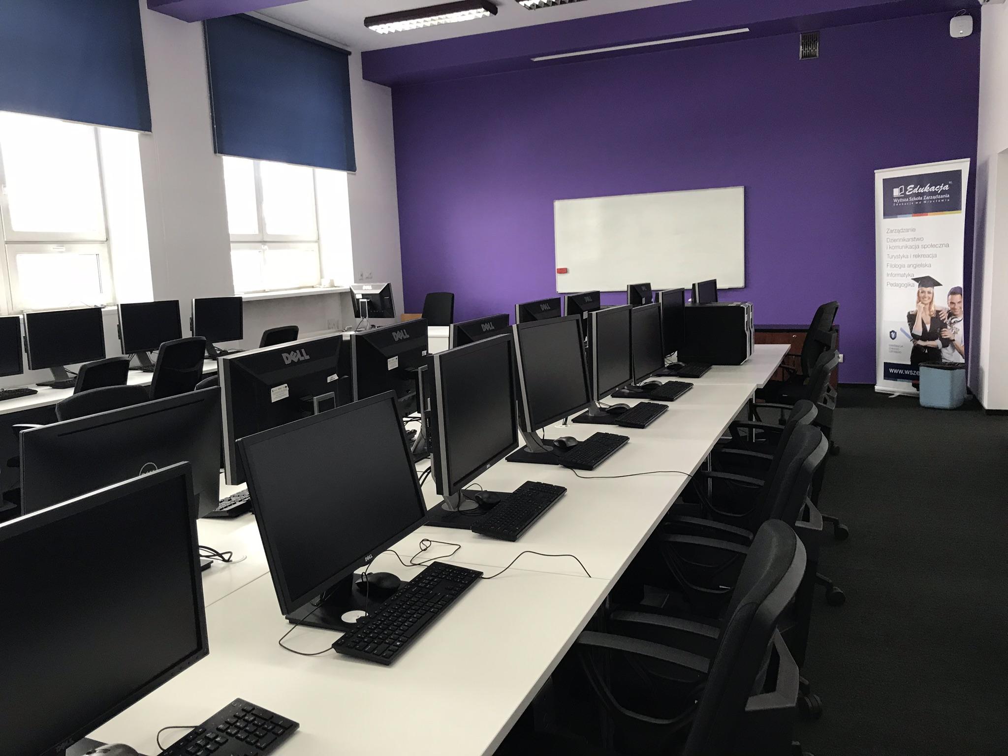 Sale komputerowe Grupy Edukacji